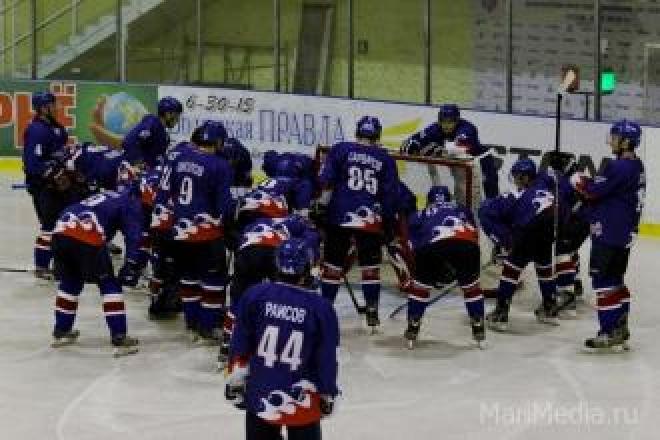 Главная хоккейная команда Марий Эл проиграла по буллитам