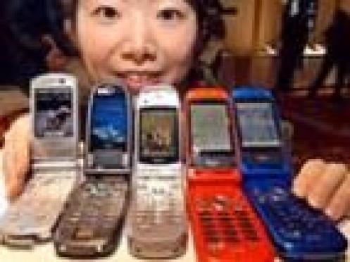 В столице Марий Эл сотрудники милиции проявляют повышенный интерес к мобильным средствам связи