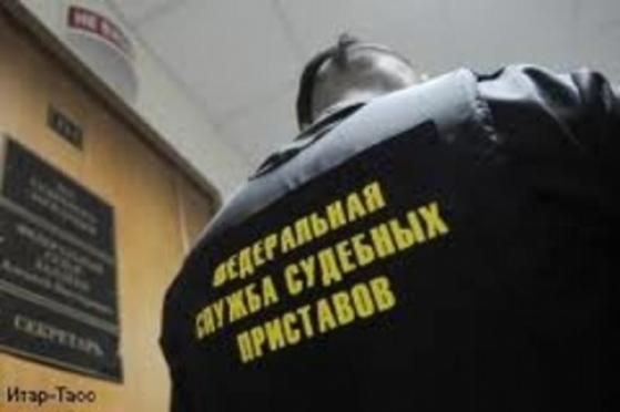 Судебные приставы Марий Эл арестовывают за долги кресла для педикюра и солярии