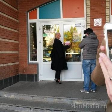 Елена Летучая сегодня продолжила свое путешествие по Йошкар-Оле