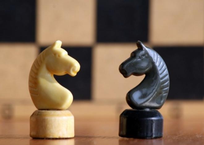 Сегодня станет известно – кто сыграет в шахматы с Анатолием Карповым