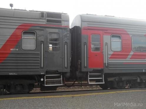 16 подростков получили травмы на Горьковской магистрали
