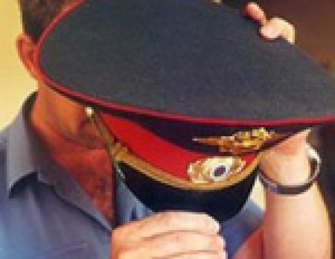 В столице Марий Эл двое участковых ограбили подростков