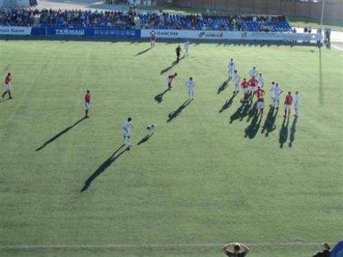 Соперников Йошкар-Олинского «Спартака» оштрафовали за собаку на поле