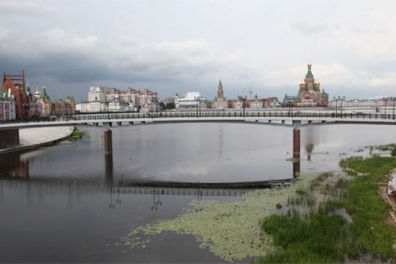 Строители уже красят новый мост через Малую Кокшагу в Йошкар-Оле