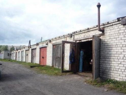 В Медведевском районе обокрали гаражи на сумму более 80 000 рублей