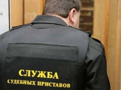 Судебных приставов проверят на алкоголь и наркотики