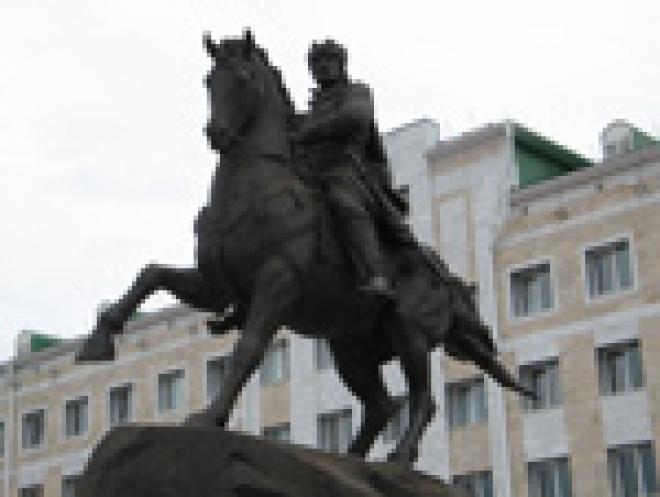 У памятника основателю Йошкар-Олы появятся торговые ряды
