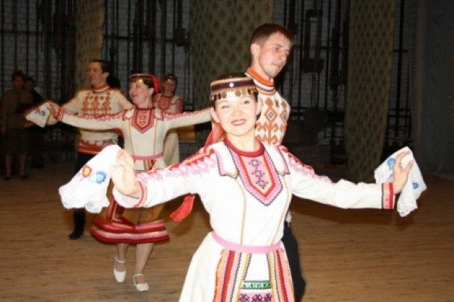 Марийские танцоры уехали заграницу