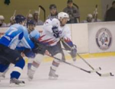 """Хоккеисты клуба """"Ариада-Акпарс"""" выбыли из борьбы за медали во Всероссийском отрытом первенстве по хоккею среди команд Высшей лиги"""