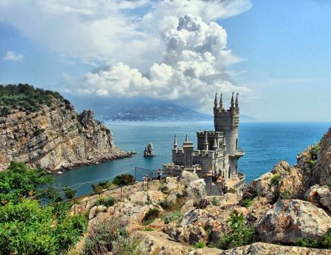 Поездка в Крым: что пугает российских туристов?