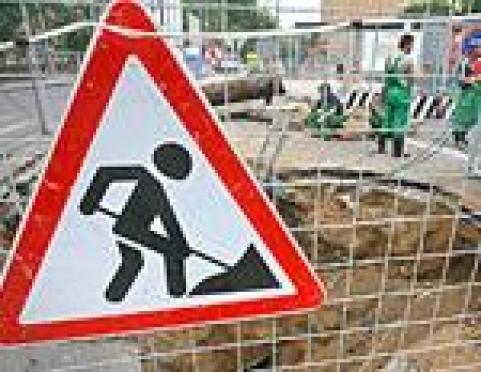 Работы на тепломагистрали М-1 блокировали движение в центре Йошкар-Олы