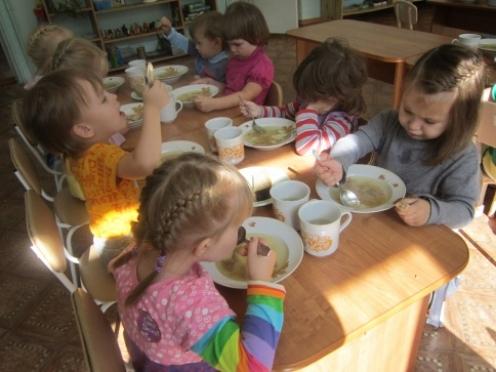 Родителей дошкольников приглашают за путевками в детские сады