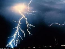 Из-за грозы в Марий Эл без электричества остались сразу несколько районов