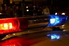 Пьяный водитель, уходя от погони, бросил дымящийся автомобиль, и попытался бежать