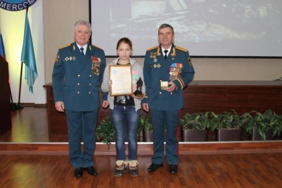 Школьница из Моркинского района получила медаль МЧС России