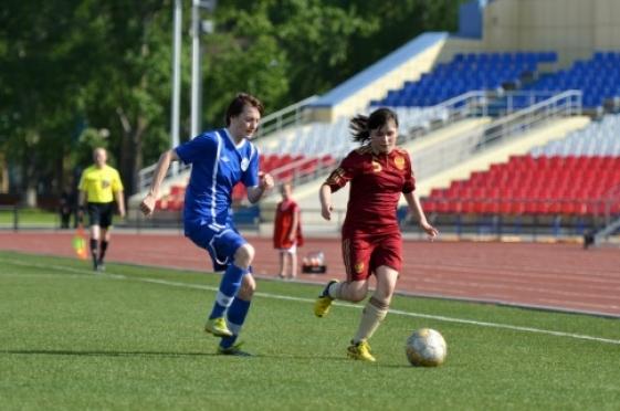 Футбольный матч между женскими командами «украсила» массовая потасовка