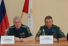Спасатели Марий Эл обсудили личные проблемы с генерал-полковником  Приволжского центра МЧС