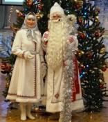 Сернурский отдел культуры помог одеть Деда Мороза и Снегурочку