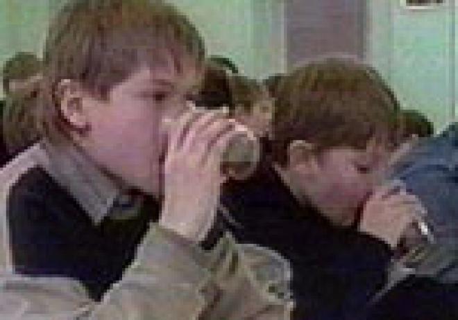 Воспитанники детских домов Марий Эл в рождественские праздники потребляли качественную пищу и не совсем чистую воду
