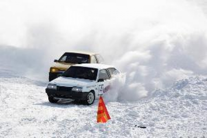 Для гонщиков Марий Эл расписали календарный план Чемпионата республики по автоспорту на 2012 год
