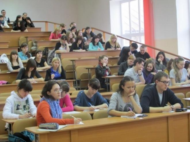 Йошкар-олинские студенты готовятся летом стать проводниками на российских железных дорогах