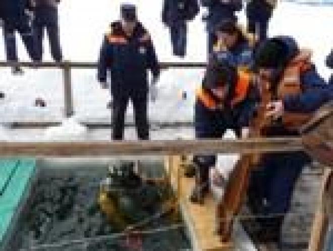 Спасатели Марий Эл к провалам рыбаков под лед готовы
