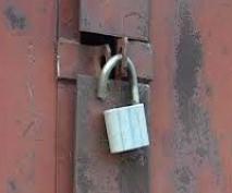 В Волжском районе из гаражей крадут колеса и инструмент