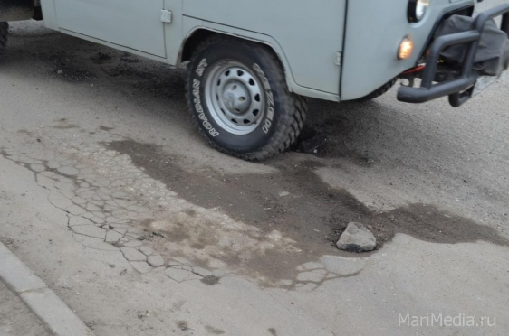 На ремонт республиканских дорог выделено свыше 90 млн рублей
