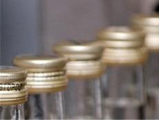 Роспотребнадзор приостановил реализацию 21 партии алкогольной продукции