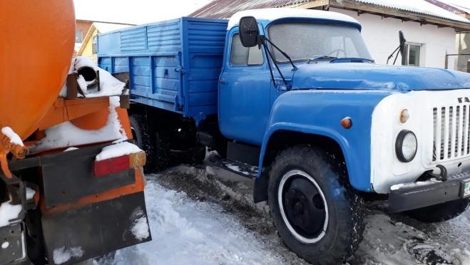 В Медведевском районе грузовик раздавил водителя
