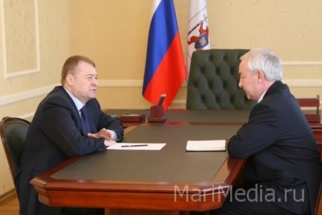 Леонид Маркелов встретился с руководителем администрации Куженерского муниципального образования