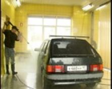 """Мойте машину перед ездой. В Йошкар-Оле модными становятся бесконтактные мойки. О них программа """"Детали с Ильей Королевым"""""""