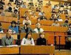 Лучших студентов йошкар-олинских учебных заведений поддержал мэр столицы