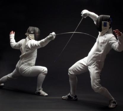 Леониду Маркелову на открытии Чемпионата России по фехтованию подарили «золотую саблю»
