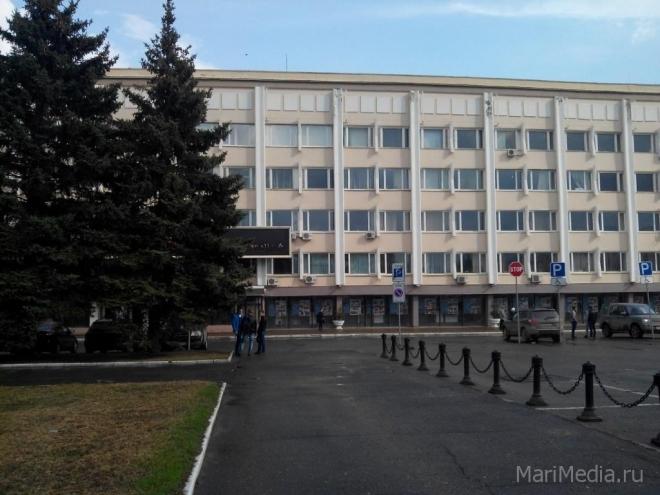 В субботу перекроют подъезды к центральному корпусу ПГТУ