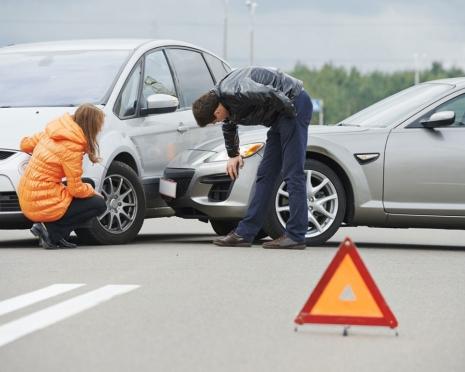 Правительство упростило процедуру получения страховки ОСАГО пострадавшим в ДТП