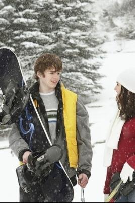 День зимних видов спорта постер