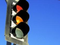 В Йошкар-Оле автобус без тормозов сбил светофор