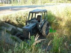 Две трагедии с участием тракторов — двое погибших
