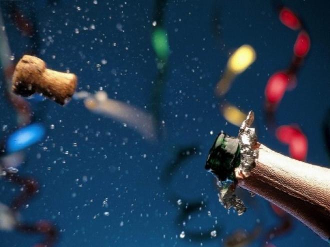 Парламентарии предлагают отказаться от «Детского шампанского»