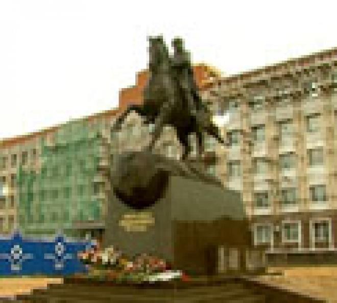 Столица Марий Эл обрела памятник основателю города