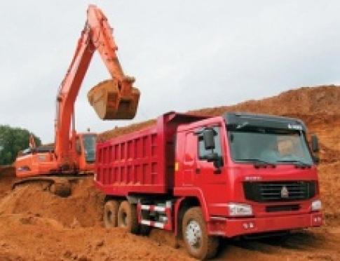 Доставляем глину для поднятия земельного участка в больших объемах!