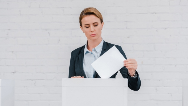 На портале Госуслуг можно подать заявление для голосования на дому