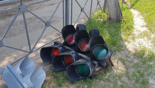 На перекрёстке Советской и Чехова погас светофор