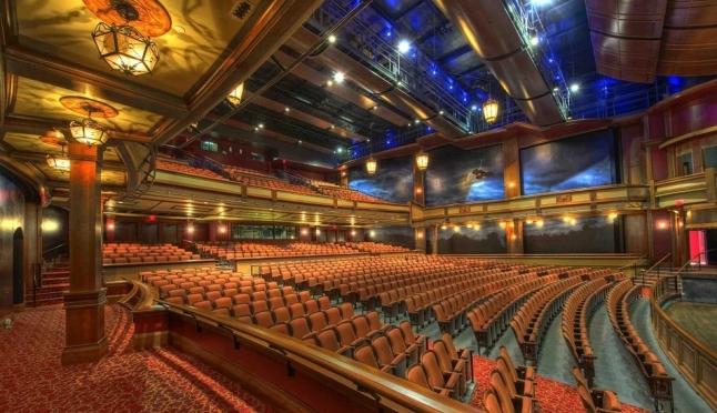 В Марий Эл многодетные семьи могут получить квоту на посещение театра