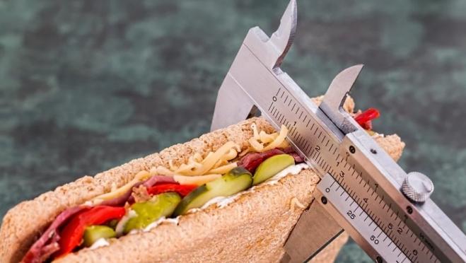 Эксперты составили рейтинг самых полезных диет