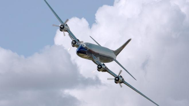 Из-за катастрофы лайнера «Саратовских авиалиний» десятки пилотов остались без работы