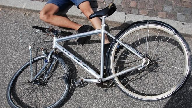 В Йошкар-Оле под колёсами машины оказался велосипедист