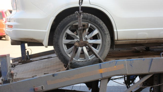 Арест автомобиля вынудил йошкаролинку рассчитаться с долгами